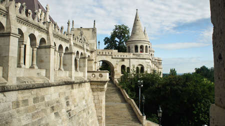 View of Fisherman's Bastion wall in the morning, Castle hill in Buda Stockfoto - 151096972
