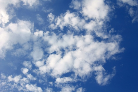 cloude: white clouds in the blue sky
