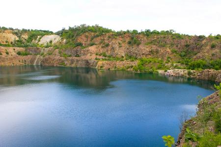 gravel pit: Lake at abandoned quarry