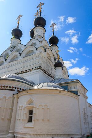 Trinity cathedral of Holy Trinity convent in Murom, Russia Banco de Imagens - 134842216
