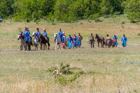 Dnepropetrovsk region, Ukraine - June 2, 2018: Ethno-rock festival Kozak Fest. Reenactment of Battle of Zhovti Vody between cossacks in alliance with Crimean tatars and Polish forces 写真素材 - 152439109