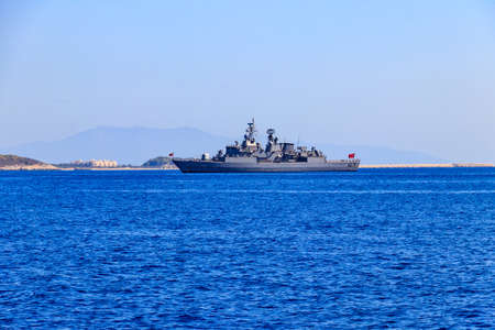 Turkish navy warship sailing in the Mediterranean sea. Protection of water borders of Turkey 免版税图像