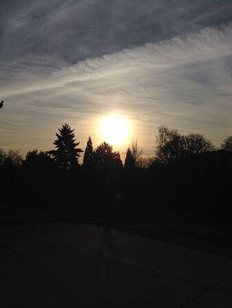 北の西の夕日