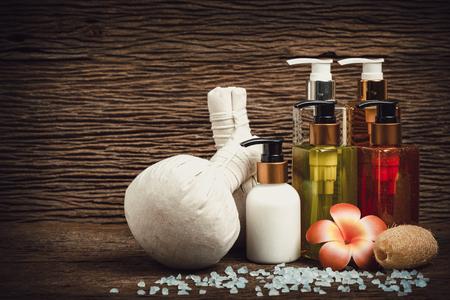 Spa Massage Körperpflegeprodukt, Dusche, Shampoo, Lotion und blaues Meersalz