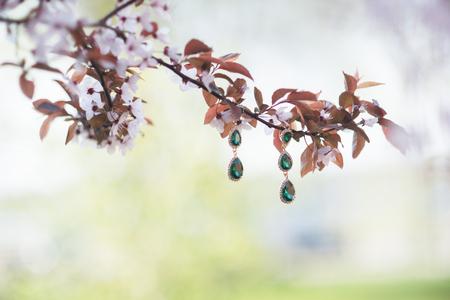 bridesmaid: wedding emerald jewelry bridesmaid