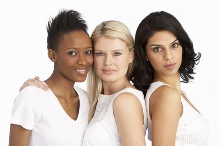 Portrait des trois femmes jeunes Attractive Studio