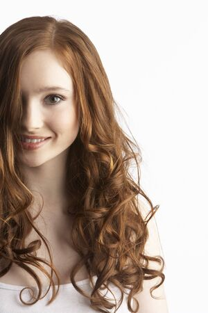 pelirrojas: Retrato de atractiva Girl Teenage In Studio Foto de archivo
