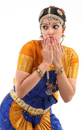bharatanatyam dance: pose of woman closing her mouth