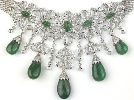 collares: Collar de diamantes con Esmeralda