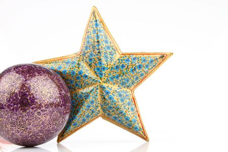 starsign:   Single violet ball and blue star