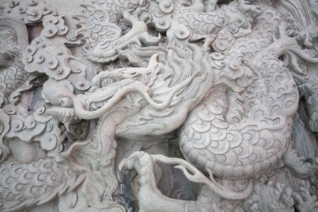 traditionary: Chinese style dragon statue and cloud