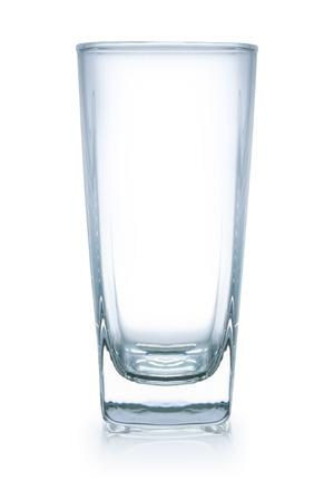 lege glas, geïsoleerd op wit, bestand bevat een uitstekende het knippen weg