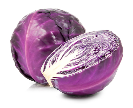 red cabbage isolated on white background 版權商用圖片