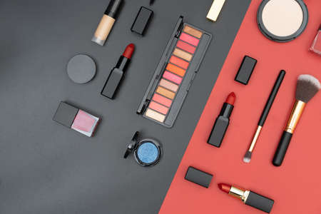 set decorative cosmetics on black and red background 版權商用圖片