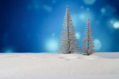 christmas tree with snow background 版權商用圖片