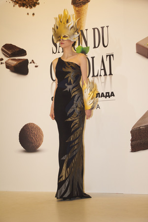 chocolat: Moscow, Russia - March 5, 2016: Defile in a chocolate dress. Exhibition Salon du chocolat Editorial