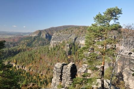 czech switzerland: Belle Rocce in Svizzera Ceca in autunno colori