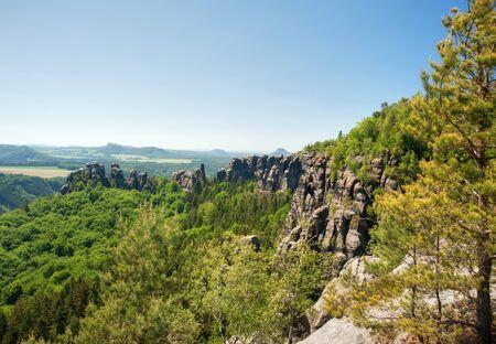czech switzerland: Sandstone rocks, forests and blue sky in the Czech Switzerland Archivio Fotografico