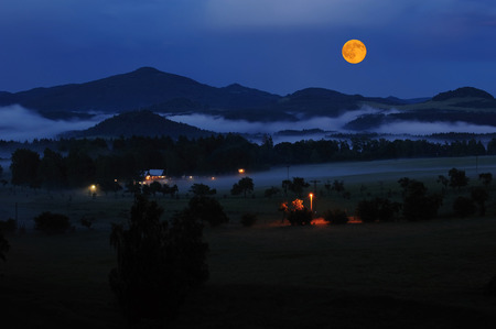 czech switzerland: Czech Switzerland in the night mist and full moon Archivio Fotografico