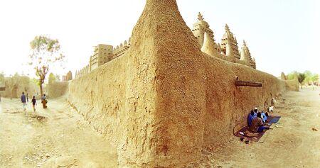 mali: Big mosque in Djenne, Mali, Africa