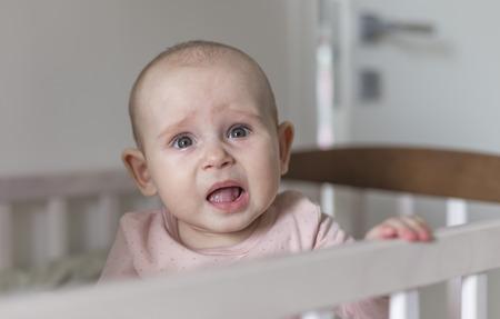 mouth: primeros dientes crecen un beb�, el dolor y morder