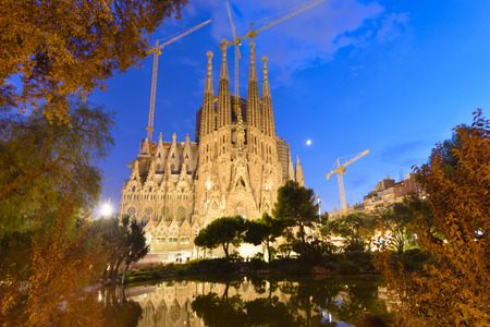 Time-lapse of Sagrada Familia, Barcelona, Spain 版權商用圖片 - 50076882