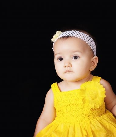 Porträt einer schönen Mädchen lächelnd Standard-Bild - 22071868