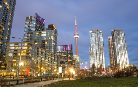 building cn tower: Toronto downtown skyline at evening