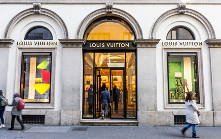haute couture: louis vuitton store in Milan Via Montenapoleone, february 2, 2014