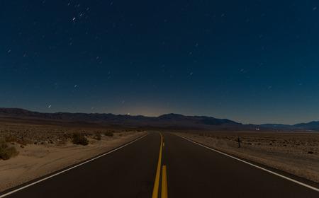 도로와 사막