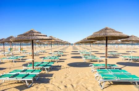 rimini: Sunbeds on Rimini beach - Italy