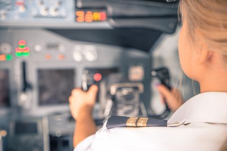 女性副操縦士 写真素材