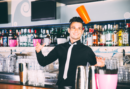 flair: Flair bartender in action