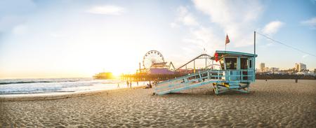 Santa Monica-pijler bij zonsondergang, Los Angeles