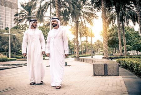 Arabic businessmen in Dubai Foto de archivo