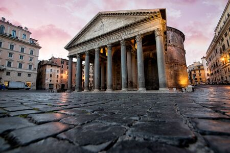 Beautiful view in Rome. Landmark photography about italian monuments Banco de Imagens - 87406601