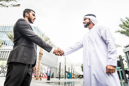 ドバイのアラビア人ビジネスマン