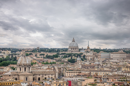 Aerial cityscape of Rome, Italy Stock Photo - 105804302