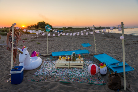 Party stand on the beach 스톡 콘텐츠