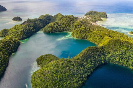 Aerial view of Sugba lagoon. Beautiful landscape with blue sea lagoon, National Park, Siargao Island, Philippines Reklamní fotografie - 128482312