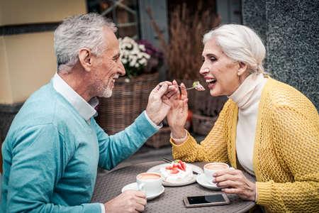Senior couple spending time in a cafe Zdjęcie Seryjne