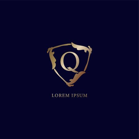 Letter Q Alphabetic logo design template isolated on navy blue backgroud. Decorative floral shield sign illustration. Luxury metalic gold security logo concept. 向量圖像