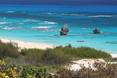 The turquoise ocean and pink beaches of Bermuda. photo