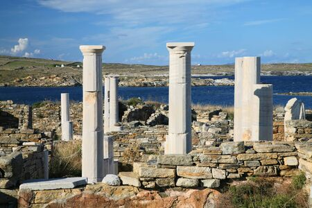 archaeological sites: View overlooking Cleopatras House and the ruins of Delos towards the shore. The Greek island of Delos, is one of the most important historical and archaeological sites in Greece.