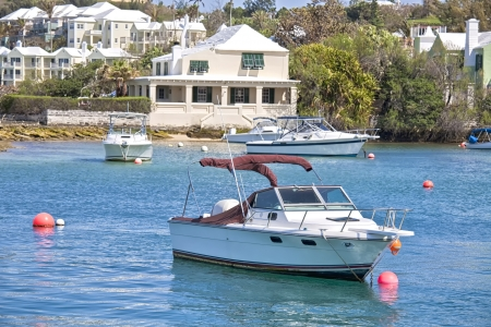 pleasure craft: Small pleasure craft along the shoreline of Hamilton Harbour, Bermuda