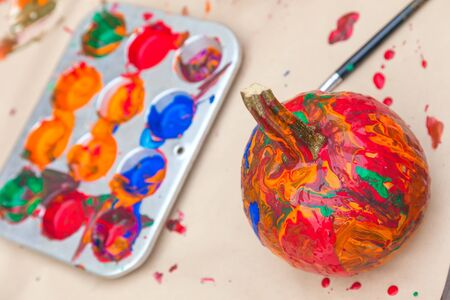 decoration messy: Pumpkins colorfully painted by children