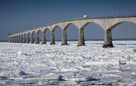 borden: A winter view of the Confederation Bridge that links Prince Edward Island, Canada with mainland New Brunswick. (as viewed from the PEI side)