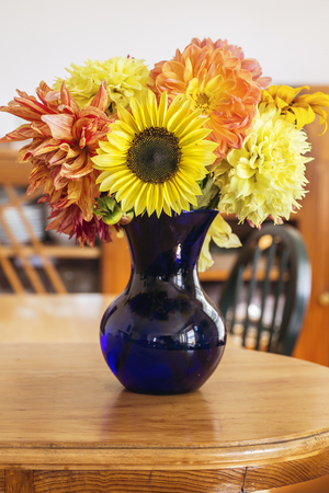 cut flowers: Homestyle falll bouquet with garden flowers. Stock Photo