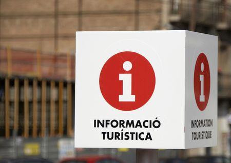 tourist information: A Tourist Information sign captured in Barcelona, Spain.