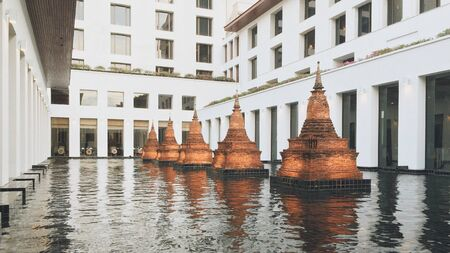 decor: Chedi